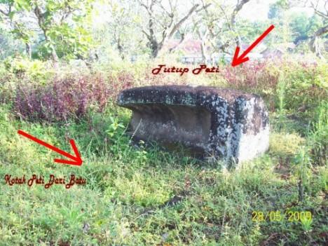 Gambar Makam Batu Purba
