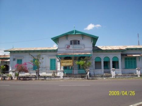 Station kereta100_1176(2)